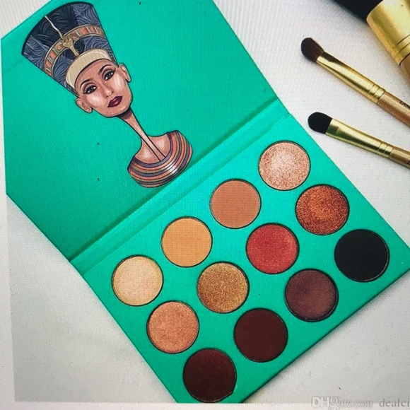 Juvia S Place The Nubian Eyeshadow Palette Nwt